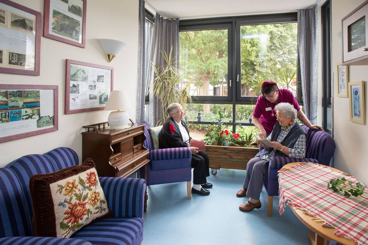 """Seniorendomizil """"Haus Weseraue"""" in Bodenwerder"""